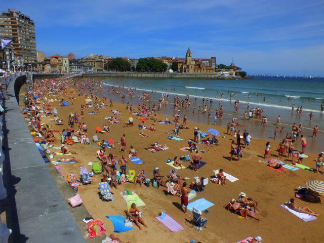 playa de San Lorenzo hacia el oeste