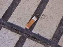 colilla de cigarrillo