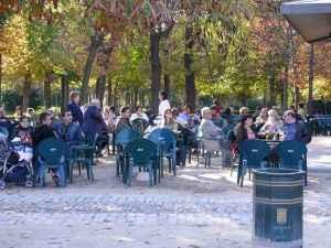 terraza de cafeteria en El Retiro