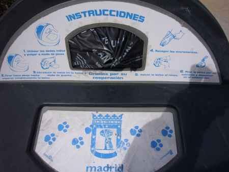 dispensador de bolsas para excrementos