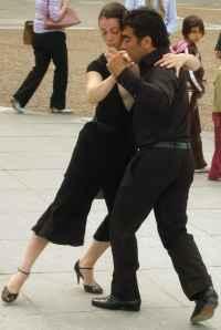 dos bailarines de tango
