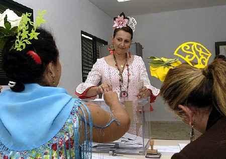 Votando con peineta