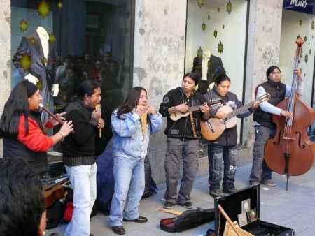 Musicos callejeros suramericanos