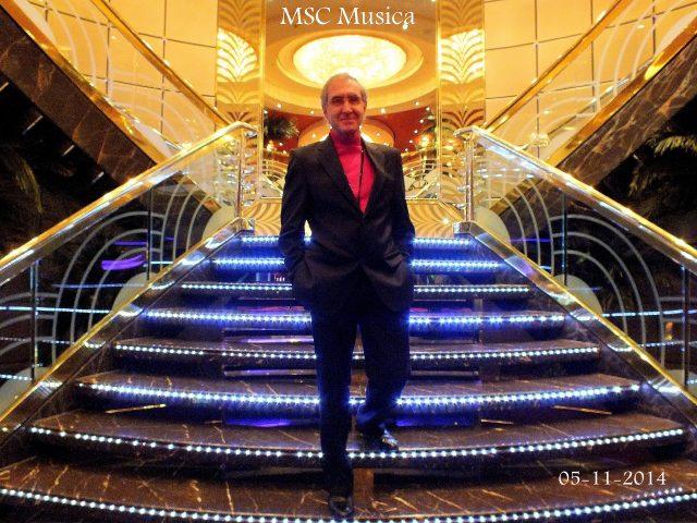 autor a bordo del MSC Musica
