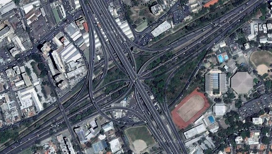 Autopista Francisco Fajardo, Caracas.